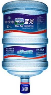 蓝光矿泉水的价格多少钱